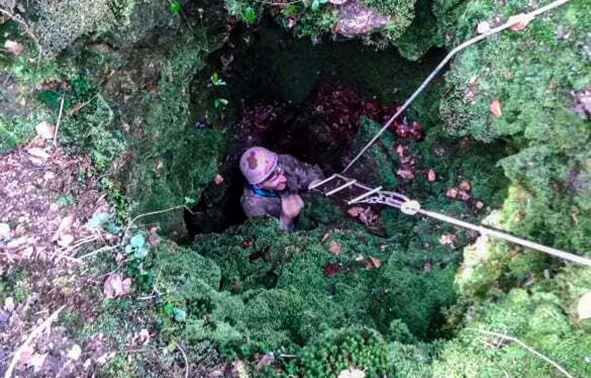 Les spéléologues ont découvert une grotte qui pourrait faire partie des grottes non karstiques les plus profondes de Slovaquie